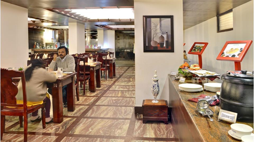 rESTAURANT at Summit Golden Crescent Resort Spa Gangtok 3