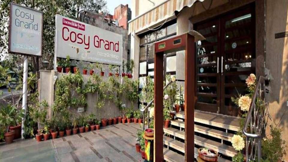 Cosy Grand Hotel, RK Puram New Delhi facade cosy grand hotel rk puram new delhi 3