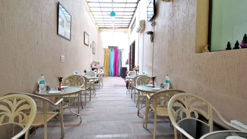 Cosy Grand Hotel, RK Puram New Delhi restaurant cosy grand hotel rk puram new delhi 1