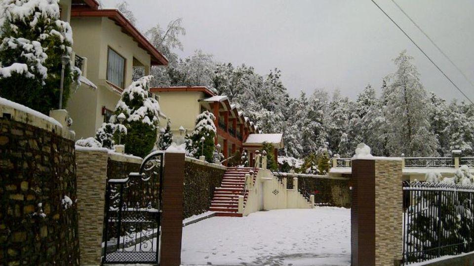 Ojaswi Resort Chaukori Chaukori Snow Capped Ojaswi Hotel and Resort in Chaukori