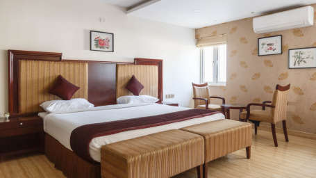 Luxury Rooms at Apollo Greens Serviced Apartments Bangalore Best luxury hotels near Cambrige Layout in Bangalore 5