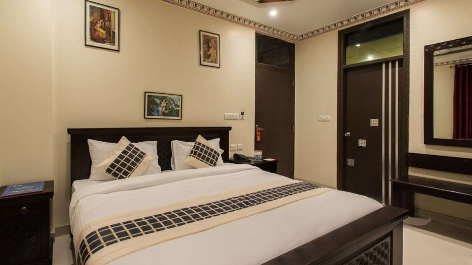 Hotel Surya Garh, Jaipur Jaipur Hotel Surya Garh Jaipur Deluxe Rooms2