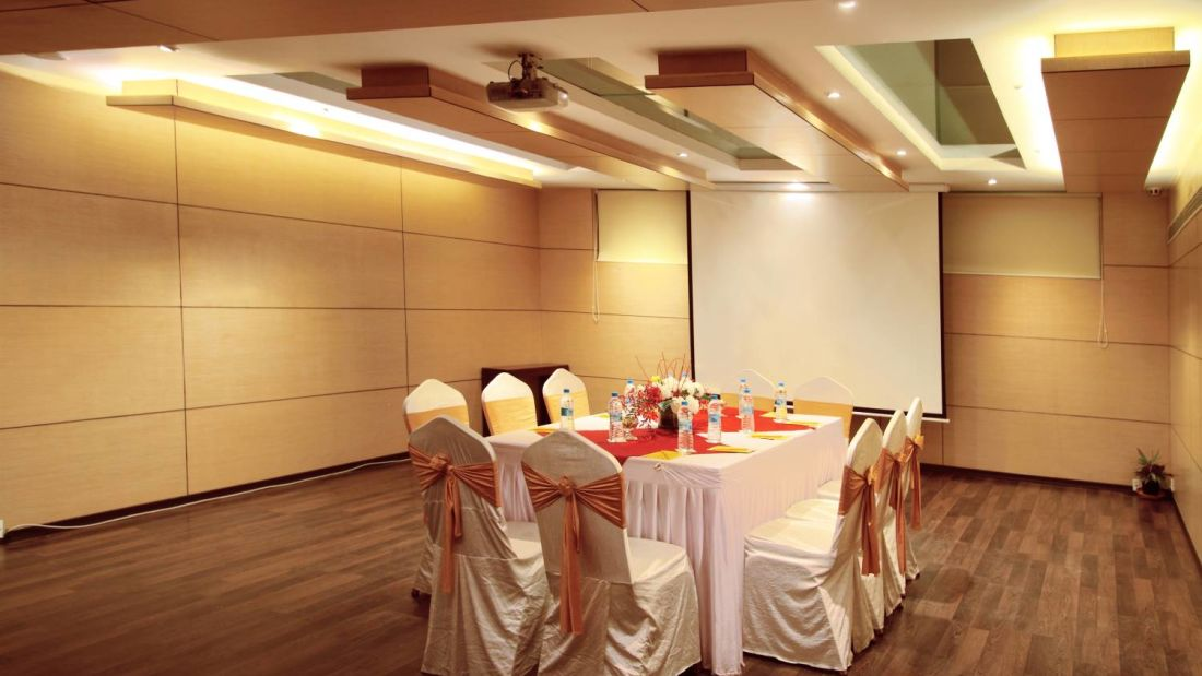 Conclave Conference Hall at Iris Hotel on Brigade Road Bangalore zcgcas