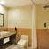 suite bath 2