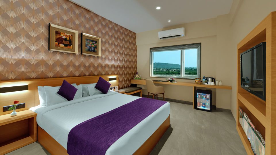 Premium Rooms at Suba Bhuj Hotels Hotel rooms in Bhuj 15