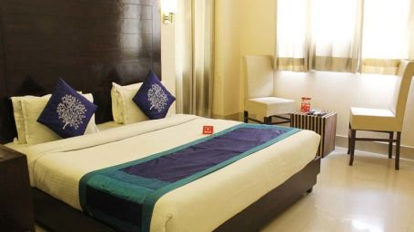 Deluxe Room at hotel dream land in haridwar  haridwar hotels