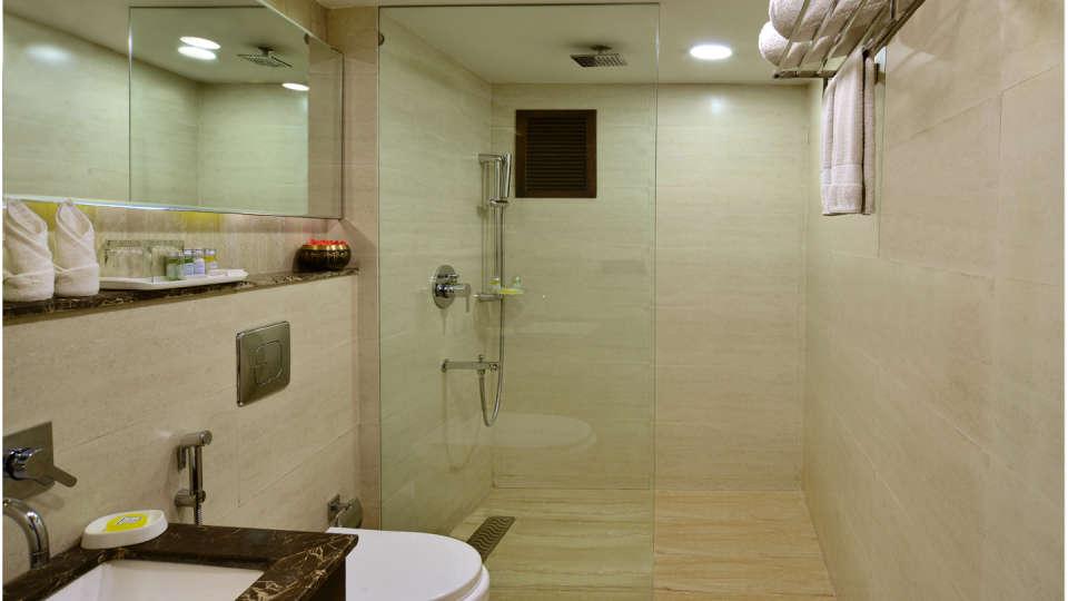 Premium Rooms RK Sarovar Portico Srinagar 2