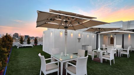 Terrace Garden at St Marks Hotel, Hotel in St. Marks Road Bangalore, Hotel near Brigade Road