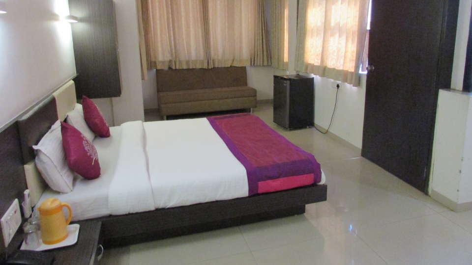 Hotel Skyland, Ahmedabad Ahmedabad Suite 9