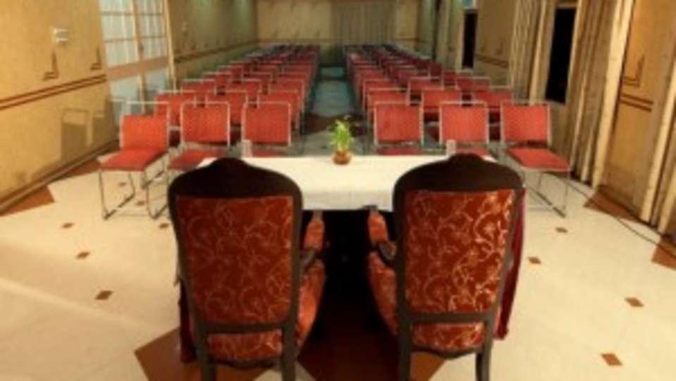 Hotel Rajputana Palace, Jodhpur Jodhpur darikhana banquet hall meetings and events hotel rajputana palace jodhpur rajasthan