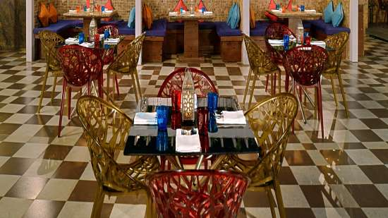 Open Restaurant Radisson Mumbai Goregaon 3