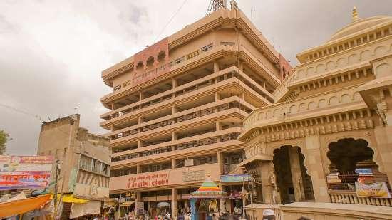 Pandharpur Balaji Sarovar Portico Solapur