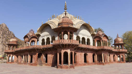 Moosi Maharani ki Chhatri _Tijara Fort Palace_Places To Visit In Rajasthan 1