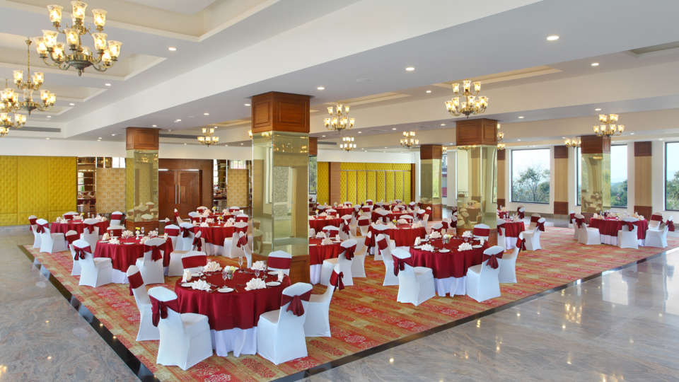 Banquet Halls at RS Sarovar Portico, Palampur Resorts5