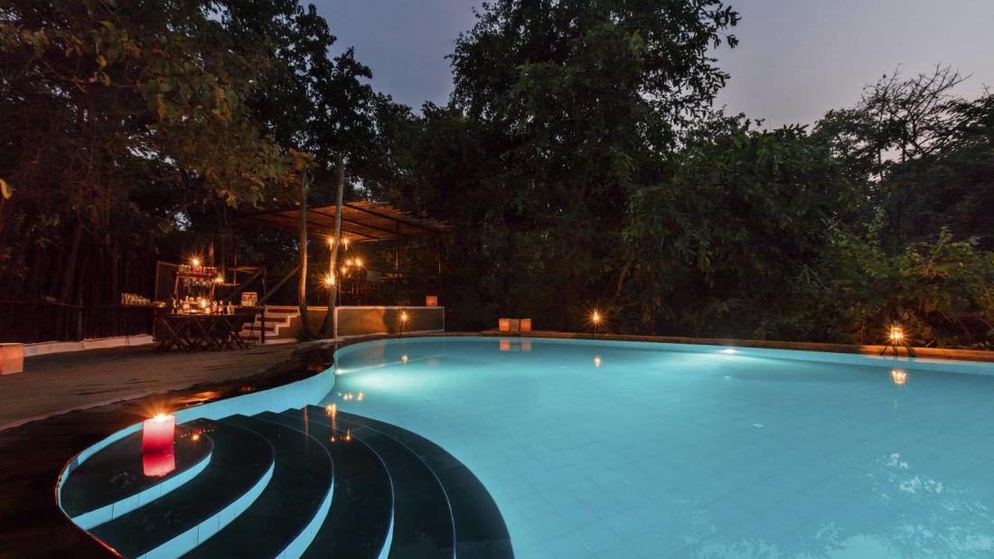 swimming pool-Reni Pani Jungle Lodge-hoshangabad hotel 2 pjoxgs