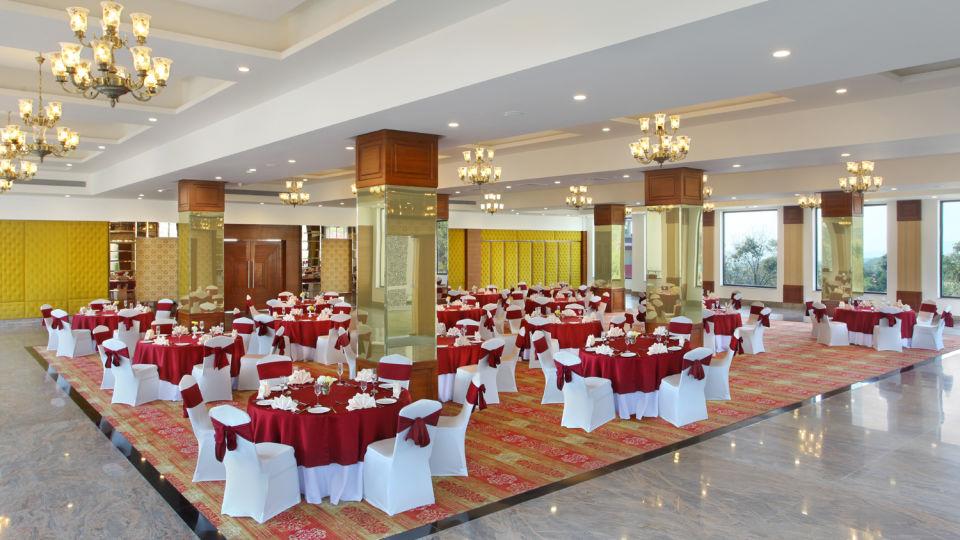 Banquet Halls at RS Sarovar Portico, Palampur Resorts5