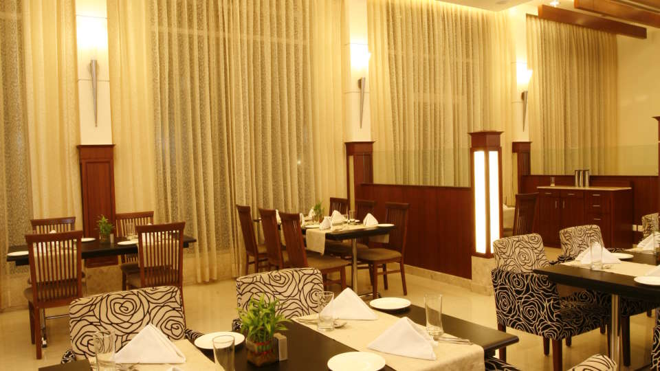 Restaurant Ambrosia Sarovar Portico Haridwar 8
