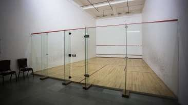 squash facility at club 29