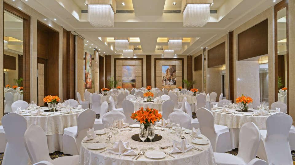 Round Table at Golden Sarovar Portico Amritsar 2
