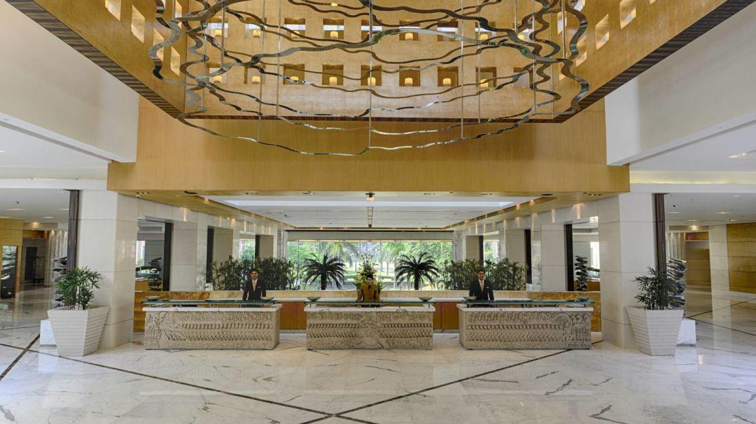 Lobby  The Grand New Delhi-6