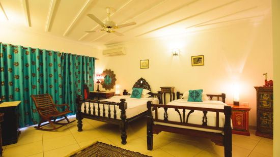 Luxury room - Ganga pwraaw
