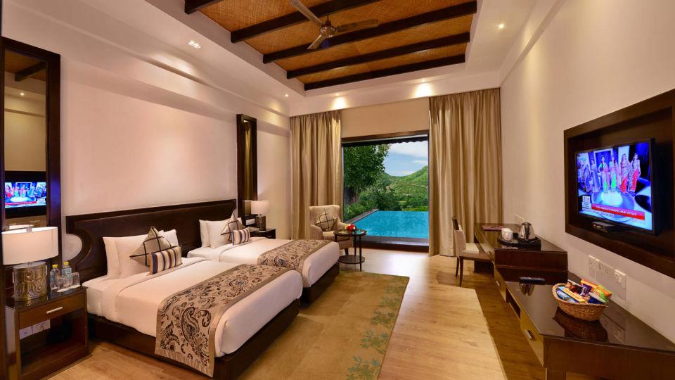 Presidential suite bedroom at ananta udaipur suites in Udaipur 1 rclkoa