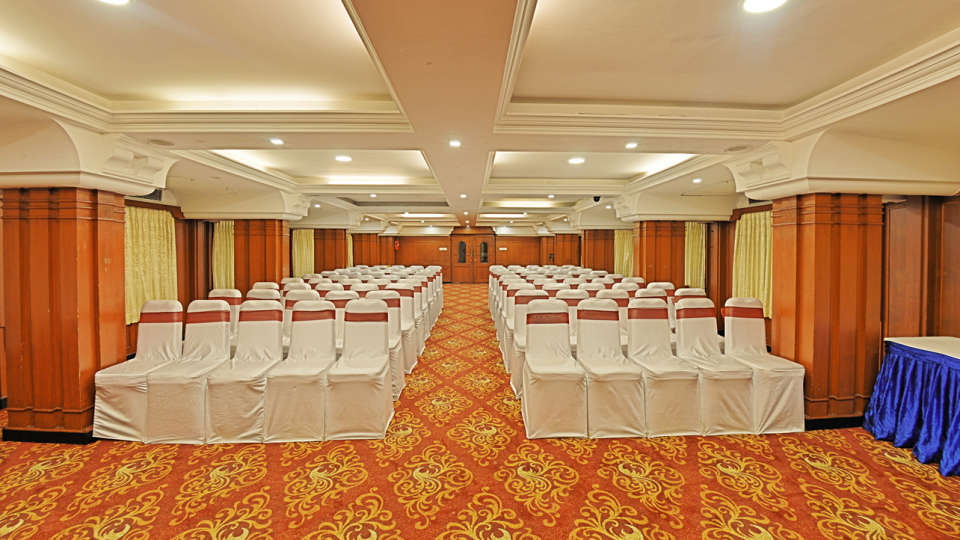 Gayathri, Hotel Gokulam Park, Chennai, Banquet Halls In Chennai 4