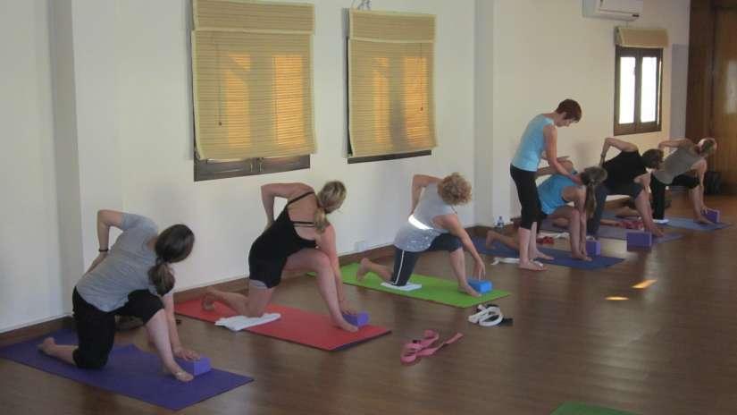 23. Group Yoga