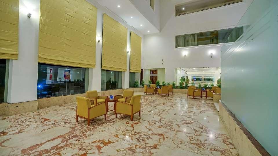 Lobby Royal Sarovar Portico Siliguri 1