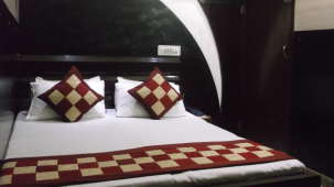 Hotel Abhineet Palace, Jaipur Jaipur Deluxe Double AC Room Hotel Abhineet Palace Jaipur 4