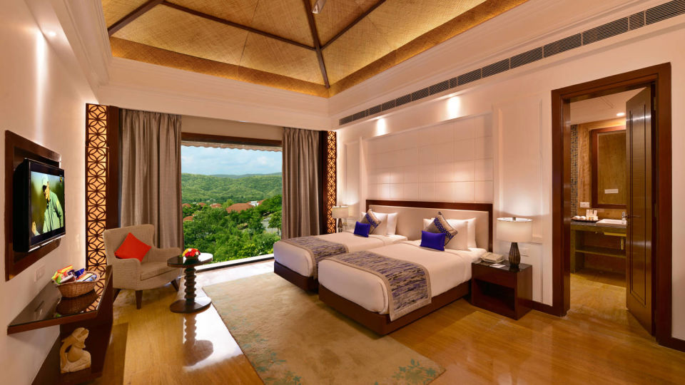 grand suite at ananta udaipur suites in udaipur 2 fszd1d