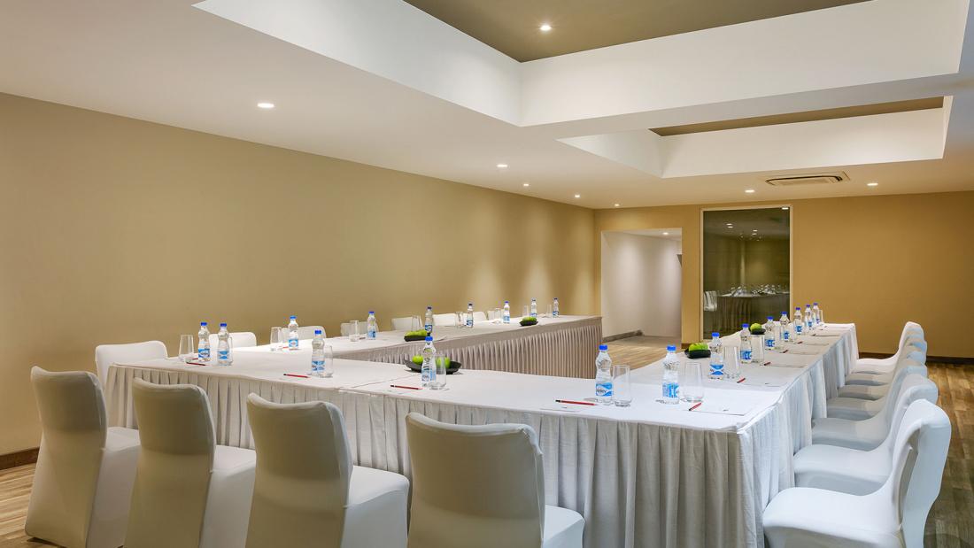 Karma Lakelands Banquet Halls in Gurgaon Board Room in Gurgaon Private Lawns in Gurgaon 5