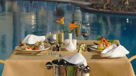 Colval at Phoenix Park Inn, Goa - A Carlson Brand Managed by Sarovar Hotels, best restaurants near candolim beach goa 2