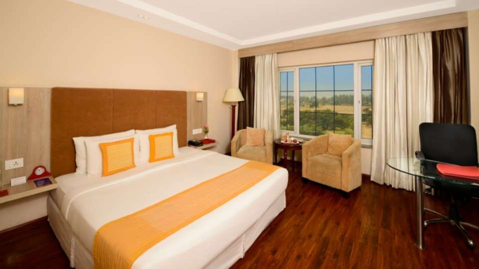 Vrindavan Hotel Rooms Nidhivan Sarovar Portico Vrindavan Stay Near Mathura 256