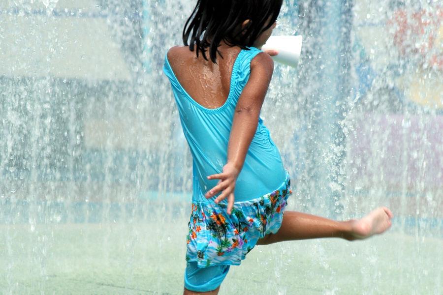alt-text Indulge in a Euphoric Rain Dancing Experience