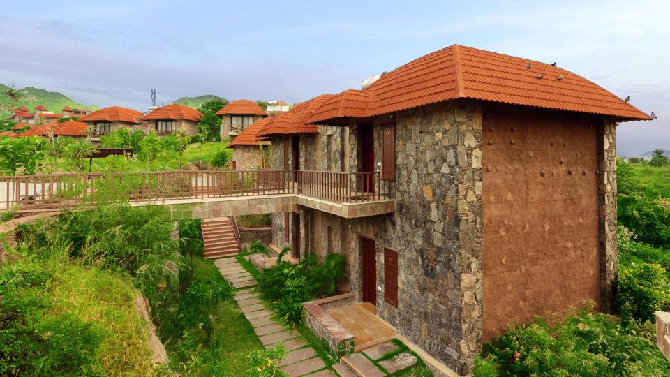 facade view of Ananta Udaipur resorts