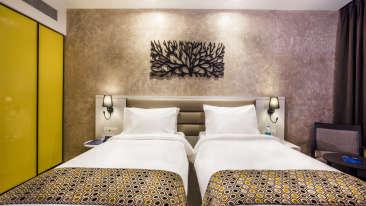 Rooms Sarovar Portico Lonavala 9