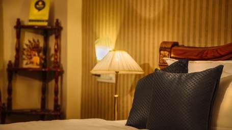 hotelmeenakshiudaipur
