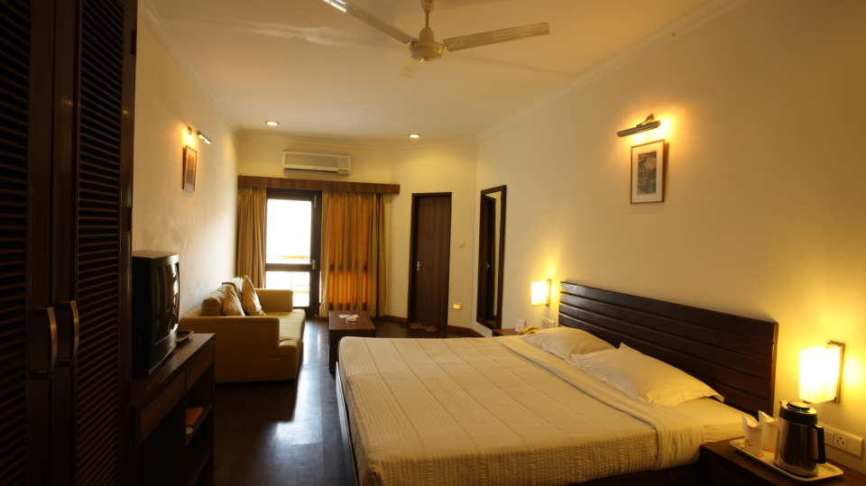 Moksha Himalaya Spa Resort, Chandigarh Chandigarh Moksha Suite Moksha Himalaya Spa Resort Chandigarh 15