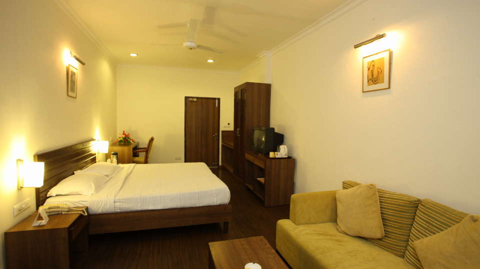 Moksha Himalaya Spa Resort, Chandigarh Chandigarh Moksha Suite Moksha Himalaya Spa Resort Chandigarh 20