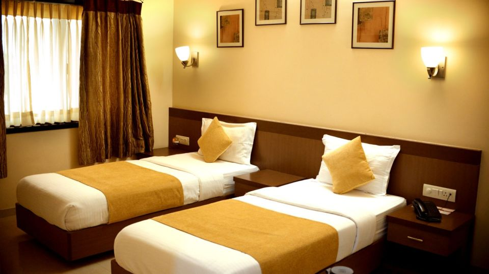 Rooms in Jamnagar, Club Rooms at Hotel Fortune Palace, Gujurat Hotels 2