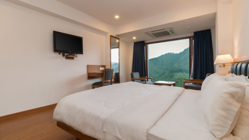 luxury hotel rooms in Mussoorie, Hotel rooms in Mall Road, Hotel Pacific Mussoorie