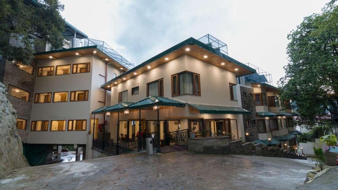 Facade1, Hotel Pacific Mussoorie, hotel in Musoorie