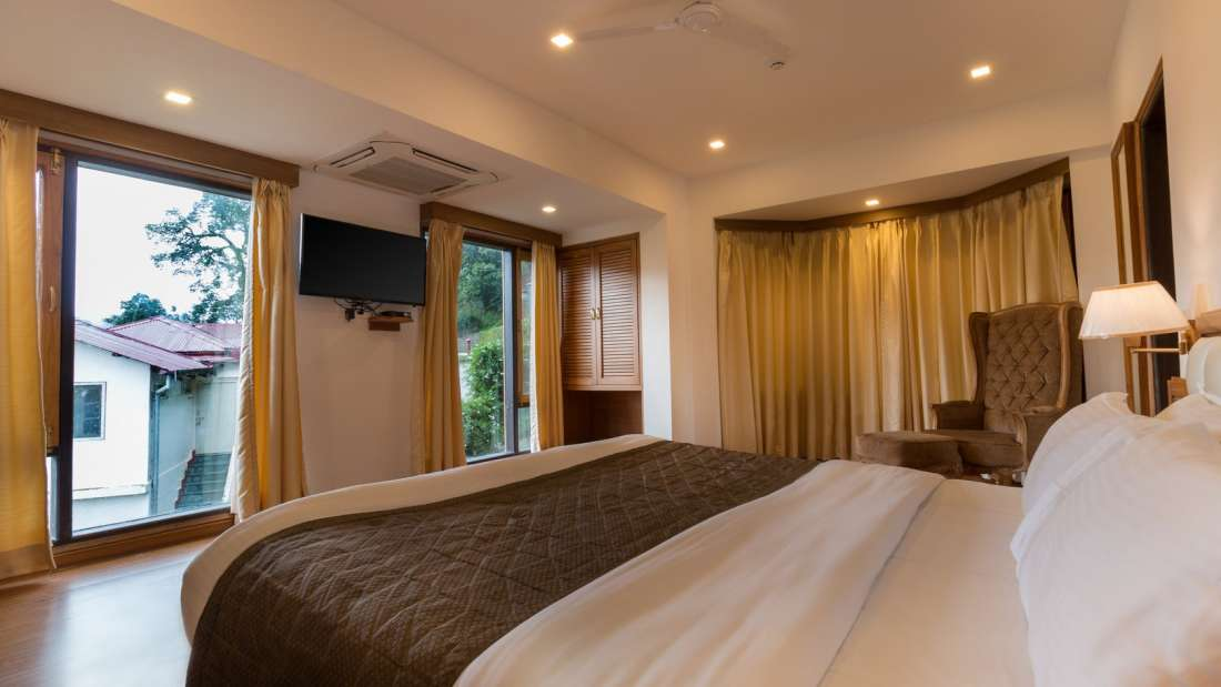 Suites Near Dehradun , Hotel Pacific Mussoorie, luxury hotel in Mussoorie