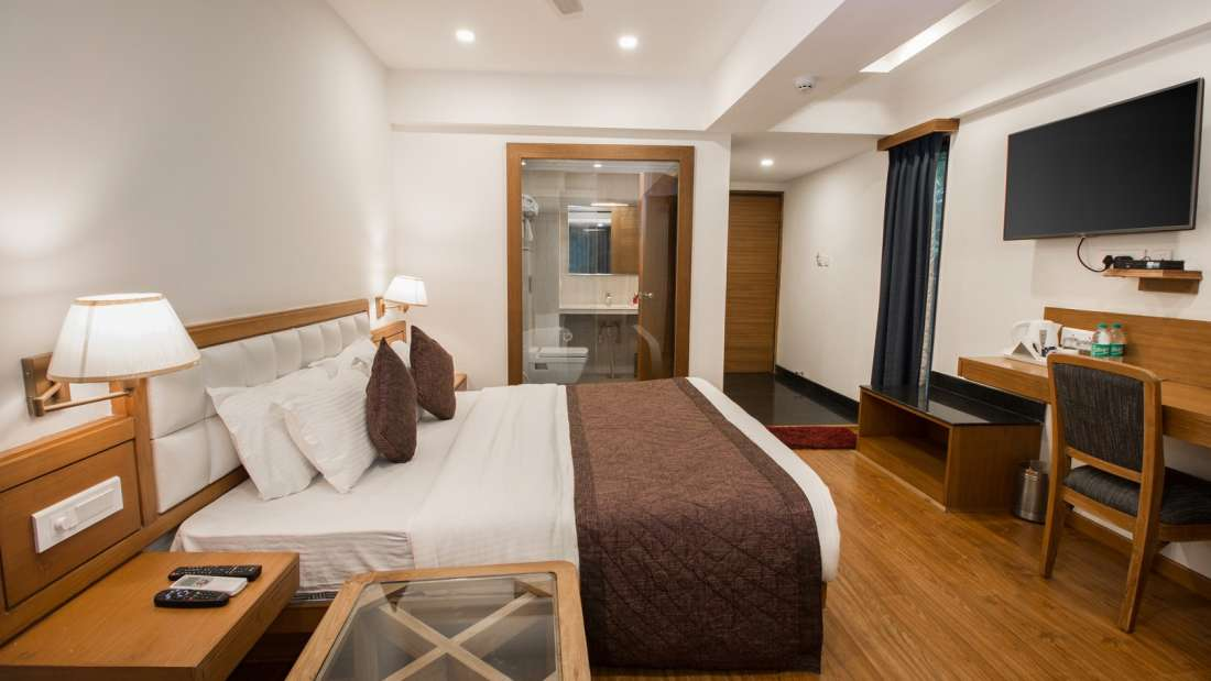 Rooms In Mussoorie Hotels 5  Hotel Pacific Mussoorie  Room for stay in Mussoorie