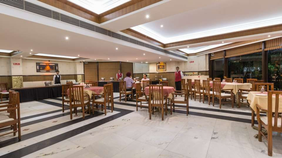 paradise restaurant, Hotel Pacific Mussoorie, top restaurants in Mussoorie