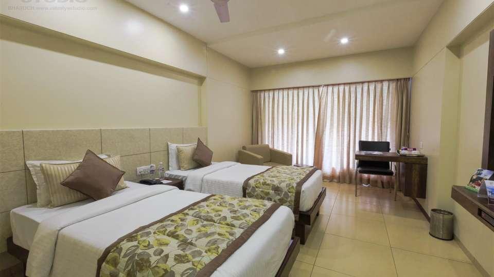 VITS Shalimar Hotel, Ankleshwar Ankleshwar Single Deluxe Room VITS Shalimar Hotel Ankleshwar 1