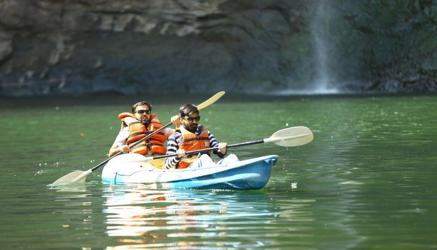 alt-text Kayaking - Dabhosa 2