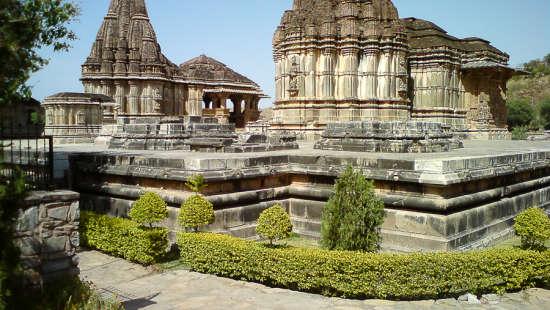 Deo Bagh - 17th C, Gwalior Gwalior Sas Bahu temple