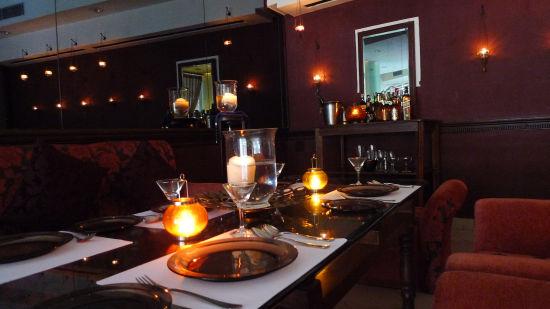Lotus Restaurnat The Hans Hotel Hubli 2